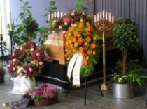 trauerredner,traueransprache,grabrede,beerdigung,trauerfeier,urne,friedwald,ansprache,rede,messe